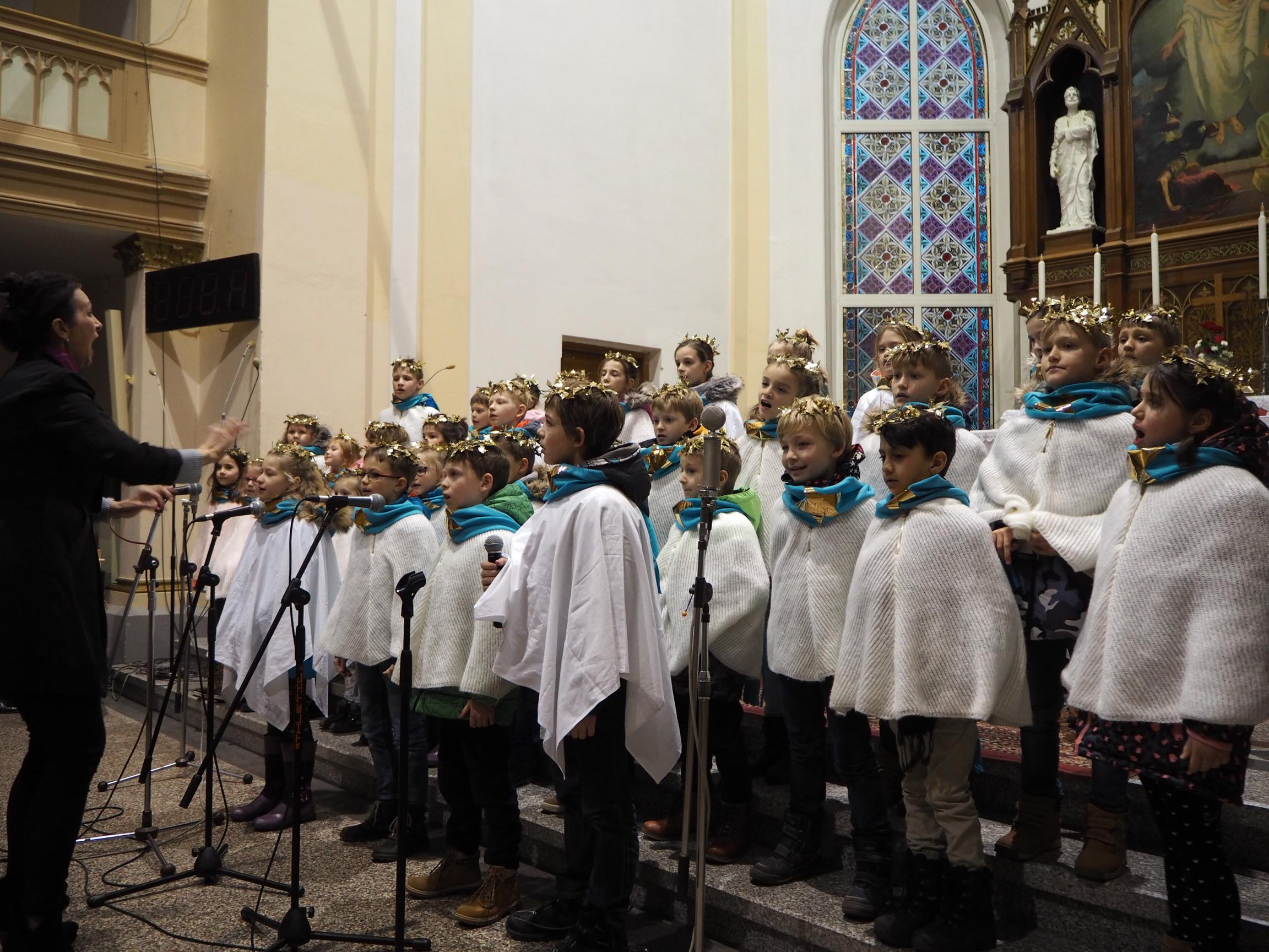 Styczniowy festiwal chóralny - XIII Przegląd Szkolnej Działalności Śpiewaczej